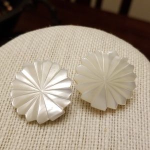 Vintage Mother of Pearl Clip Earrings
